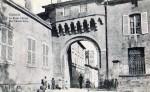 Porte-chatel-2-150x92